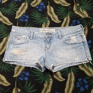 Distressed Hollister 5-pocket Jean Shorts, Size 3